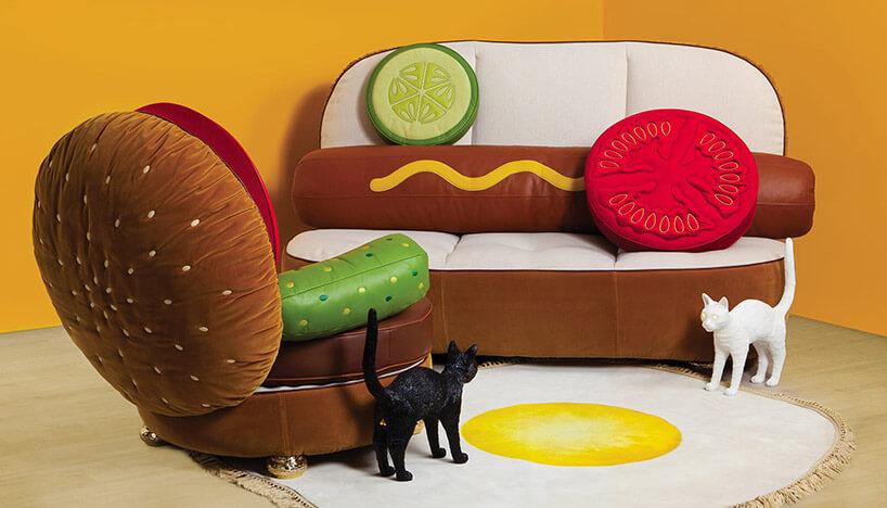 fotel hamburger obok kanapy hot doga ikocich lamp