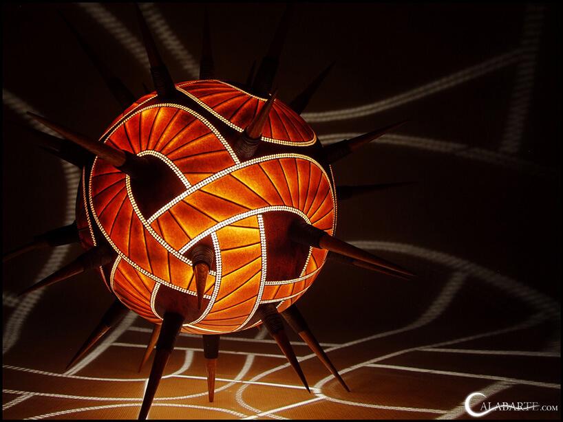 lampa zkolcami