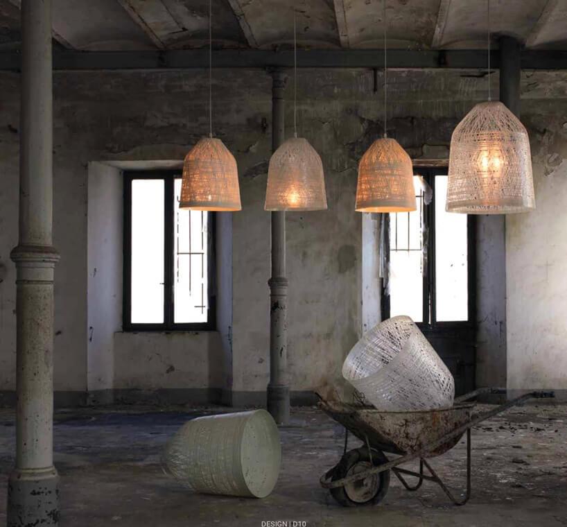 lampy wkształcie wazonu windustrialnym pomieszczeniu