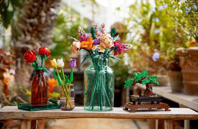 Rośliny, które zbudujesz: kolorowy bukiet i drzewko bonsai od LEGO