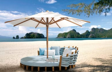 Luksusowa strefa relaksu od Royal Botania – parasole ogrodowe i meble na taras
