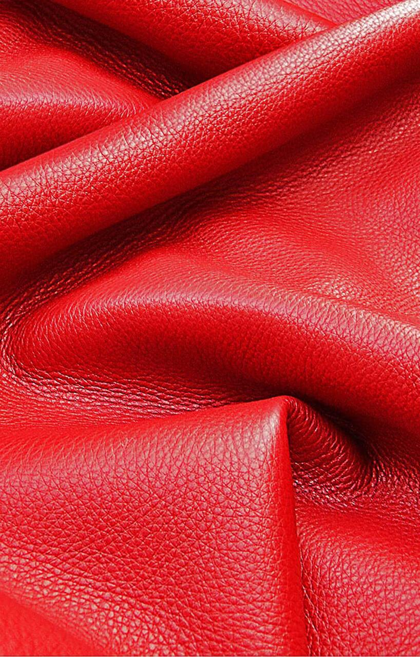 czerwone materiały wykończeniowe