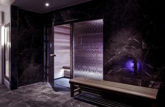 luksusowe SPA w ciemnym kamieniu