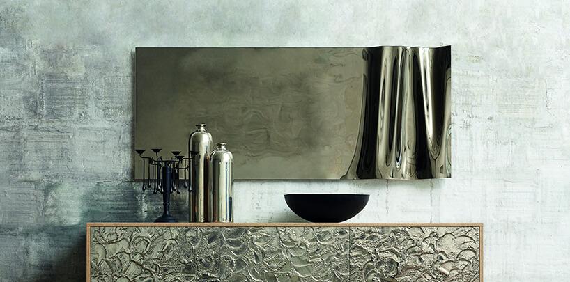 wyjątkowe lustro zczęściowo falowanej blachy od J&J glass & design