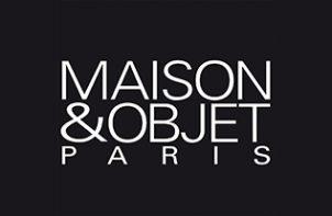 biały logotyp Maison & Objet Paris 2020 na czarnym tle