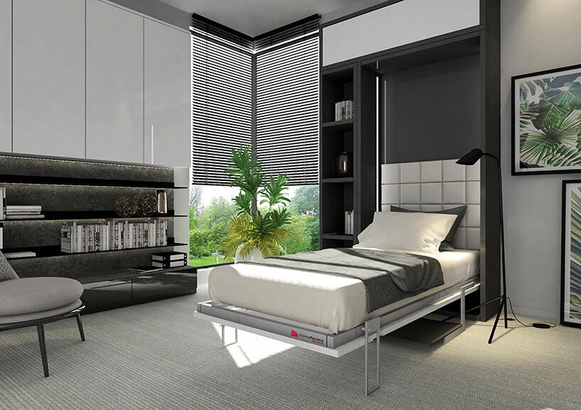 wizualizacja biało-czarnego salonu zchowanym wszafce łóżku