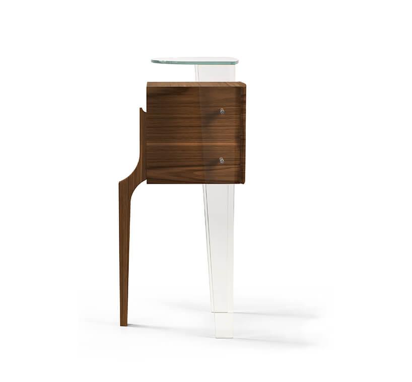 wyjątkowa szyfoniera od Bozzetti zjedną drewnianą nogą odwoma przeźroczystymi