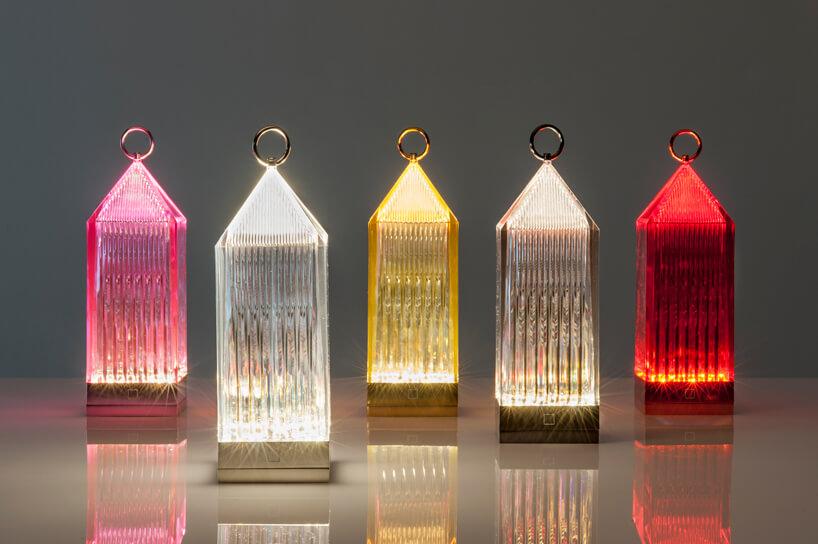 szklane różnokolorowe lampiony
