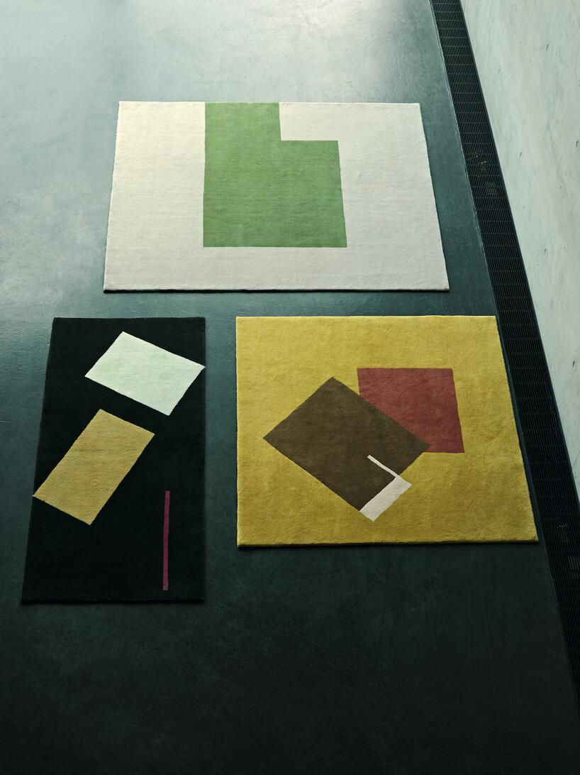 trzy dywany zgeometrycznymi wzorami