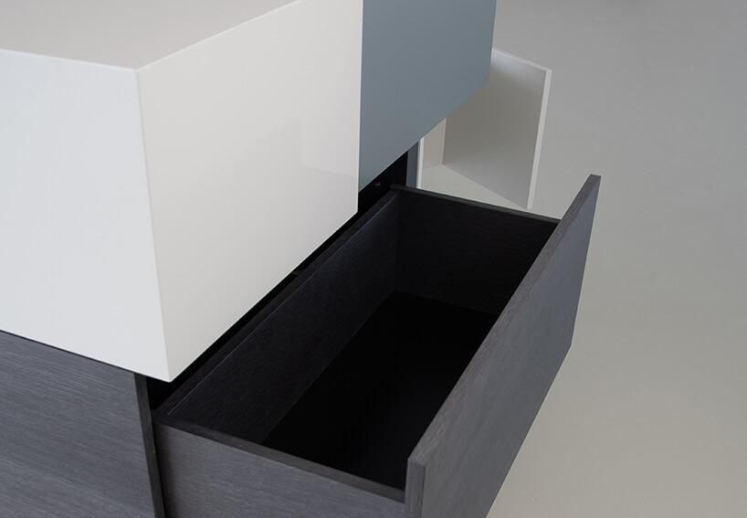 otwarta ciemna szuflada wszafce Blokki od Bozzetti