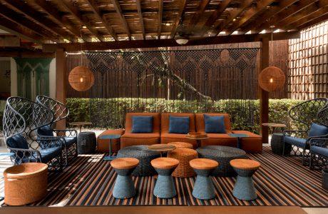 niebiesko-brązowy ekskluzywny zestaw mebli ogrodowych