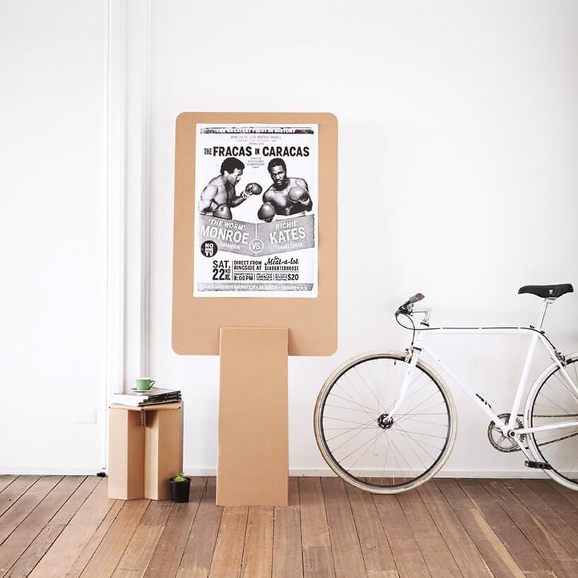 biały rower wnowoczesnym domu