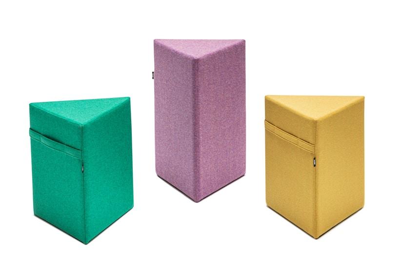 trzy kolorowe pastelowe pufy od VANK