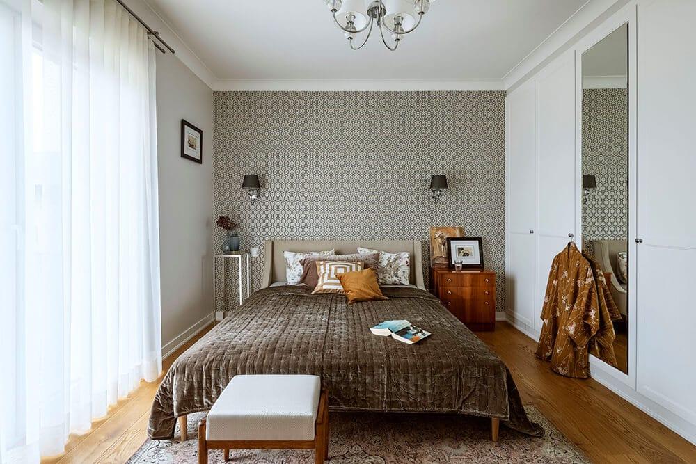 Mieszkać ze sztuką. Stare obrazy, meble zduszą iwspółczesny design, czyli dom wstylu modern classic.