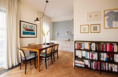Pośród faktur i kolorów: 90-metrowe mieszkanie na Wilanowie