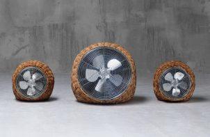 trzy wentylatory w koszu wiklinowych z bliska