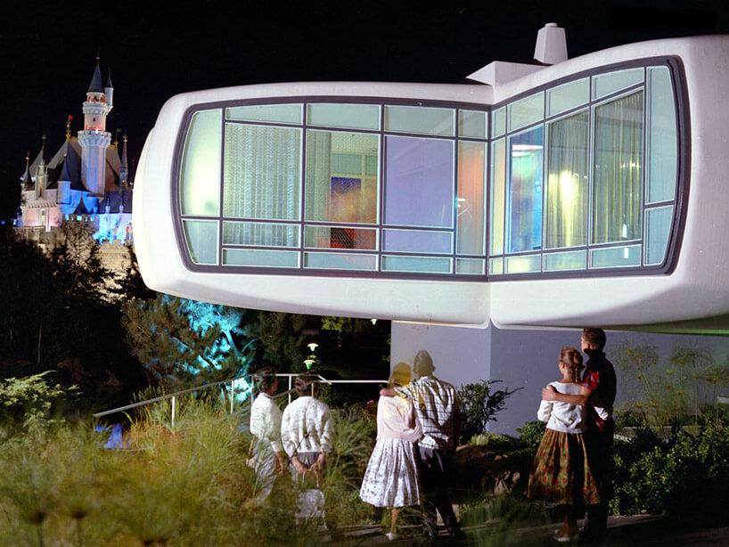 Dom przyszłości z1957 widziany wnocy