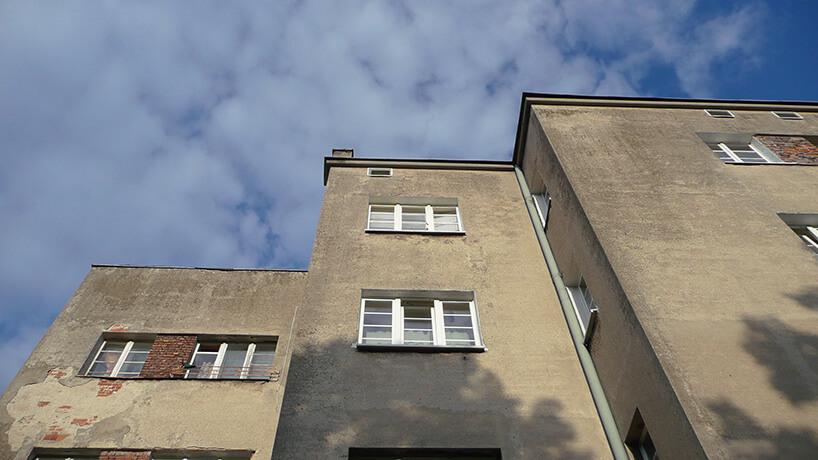 ostatnie piętro bloku