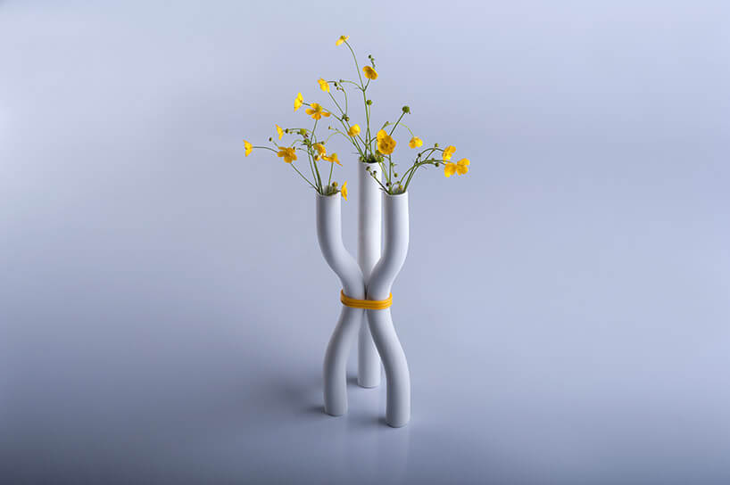 nietypowy ceramiczny wazon