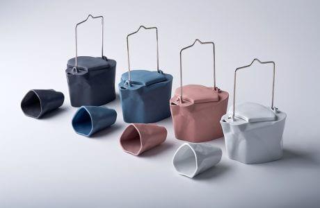 cztery pogięte zestawy ceramiczne