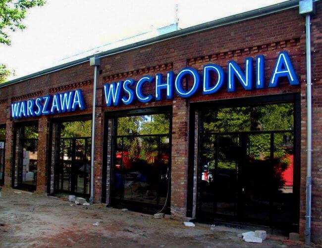 neon Warszawa Wschodnia