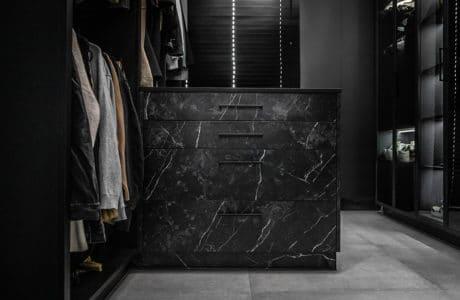 Rust garderoby - zmiana pór roku, małe i duże