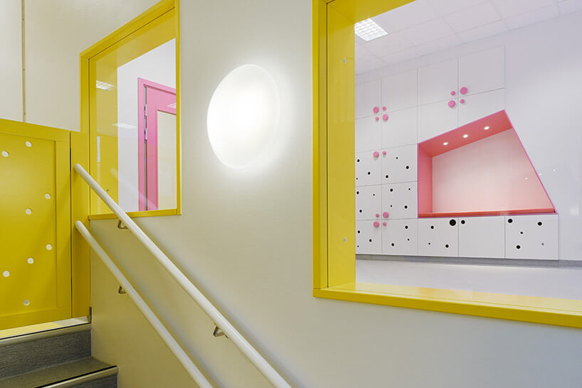 żółte ściany przedszkole