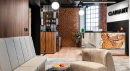 Nowoczesne wnętrza whistorycznym miejscu – biuro Clariant