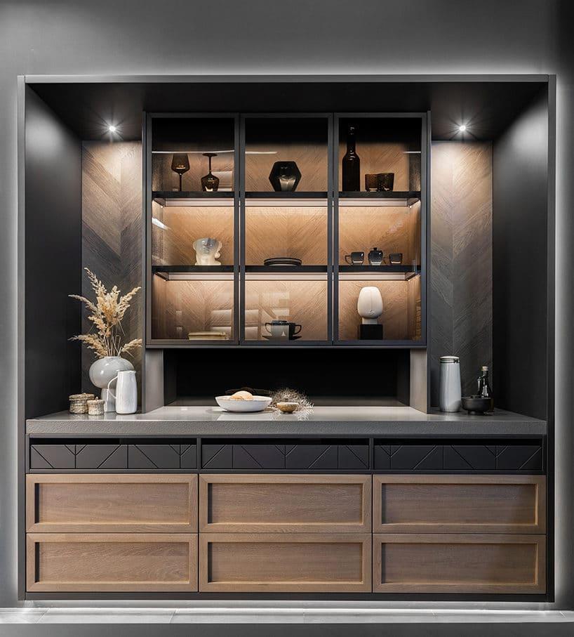 elegancki ciemny kredens kuchenny od ernestrust