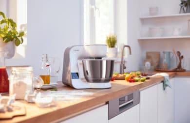 nowoczesny planetarny robot kuchenny MUM5 od Bosch