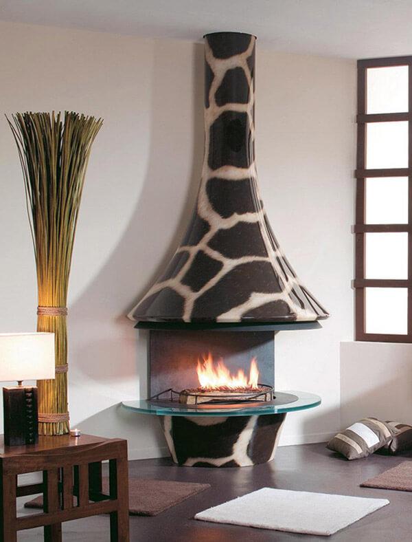 kominek znadbudową wcętki żyrafy