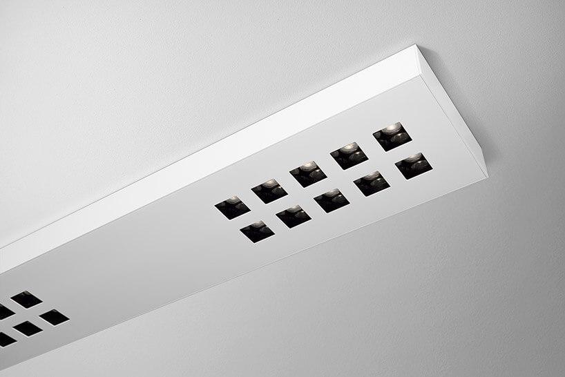 biały panel oświetlenia na suficie