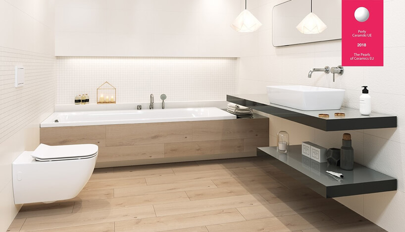 jasna łazienka zdużą wanną ibeżowymi elementami