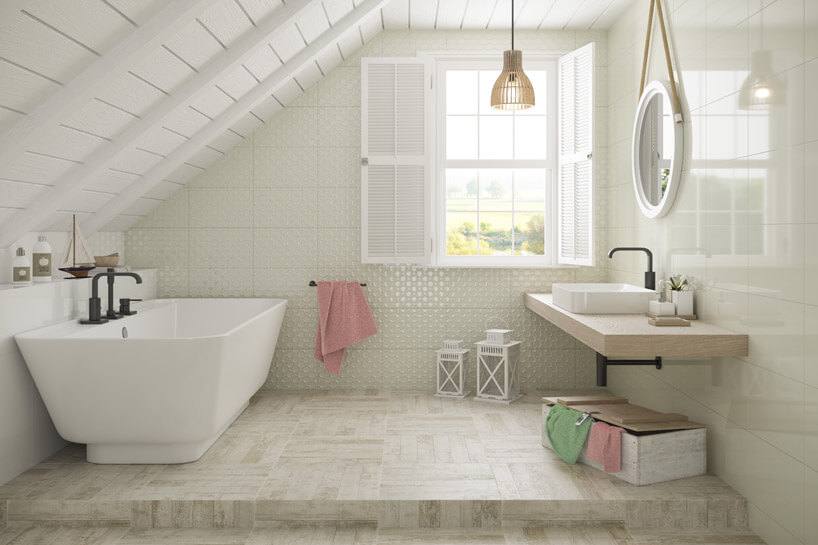 łazienka na poddaszu zwolno-stojącą wanną