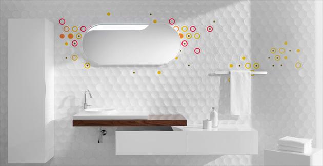 łazienka zkolorowymi wzorami