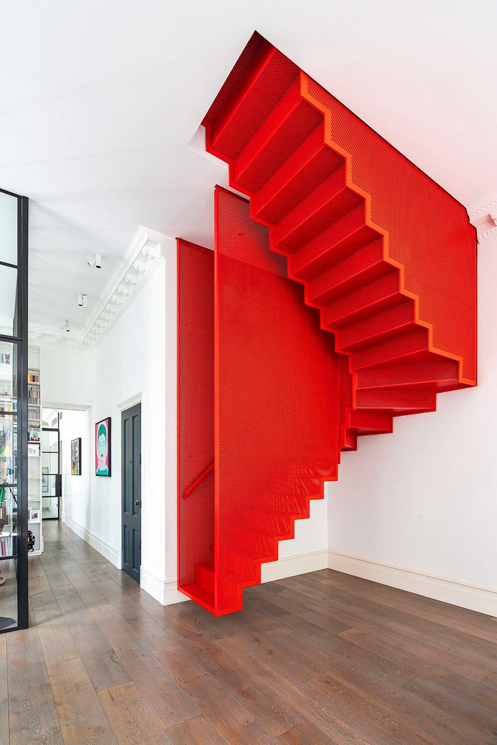kt0261 Projekt po czerwonych schodach