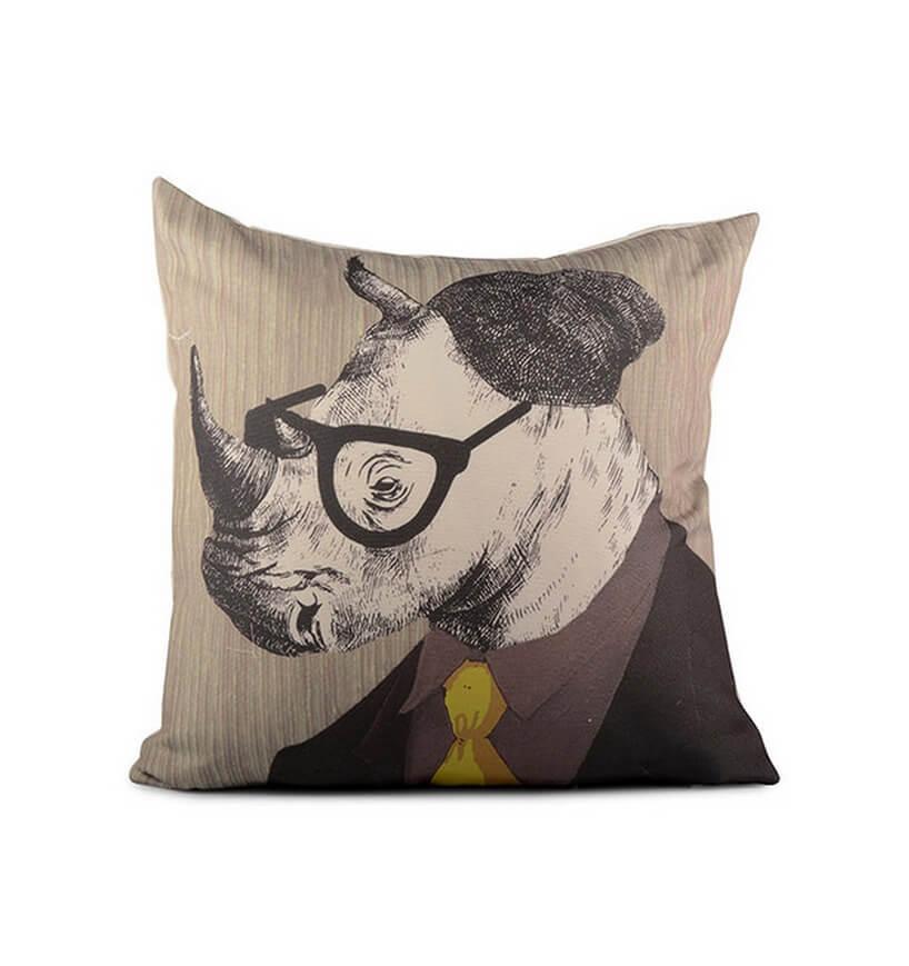 nosorożec wczapce, okularach ikrawacie