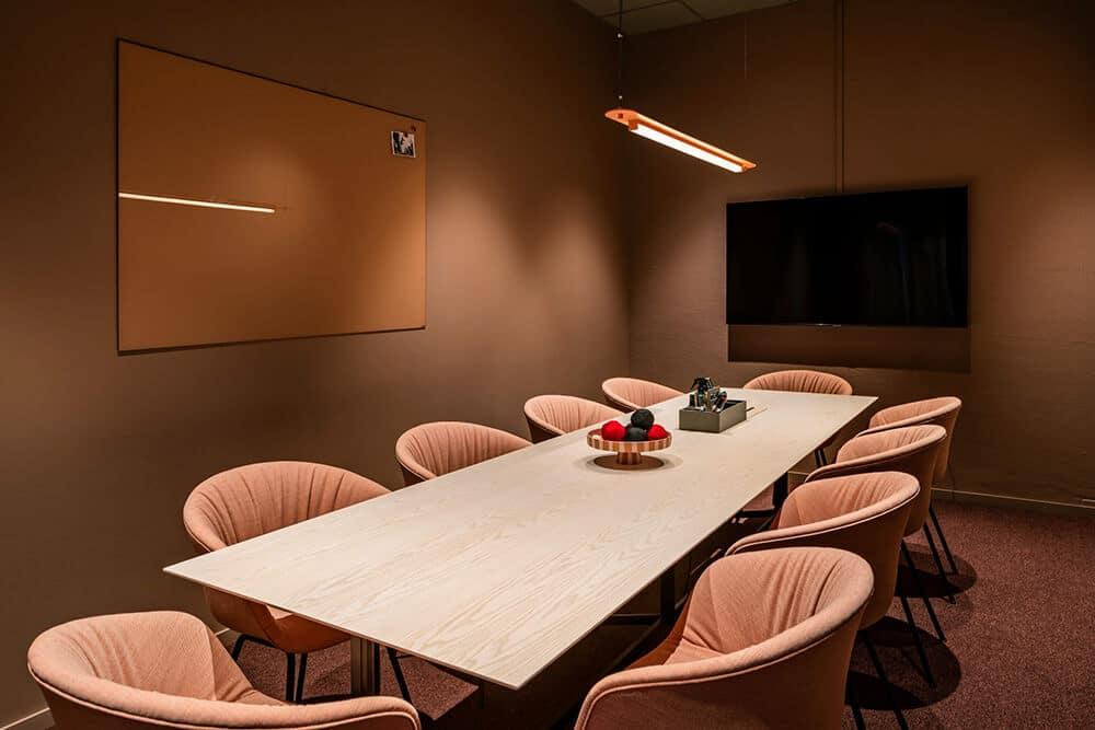 Pofabryczny sznyt wkolorze pasteli: przestrzeń coworkingowa Helio wSundbyberg