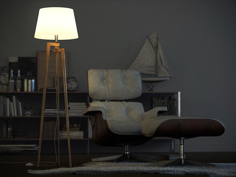 drewniana lampa obok skórzanego fotela