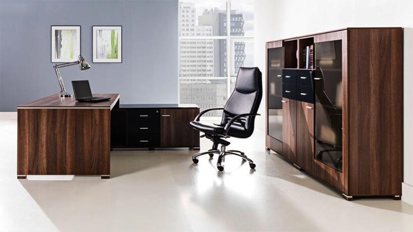 ciemno brązowy elegancki drewniany zestaw mebli do biura od Tobo
