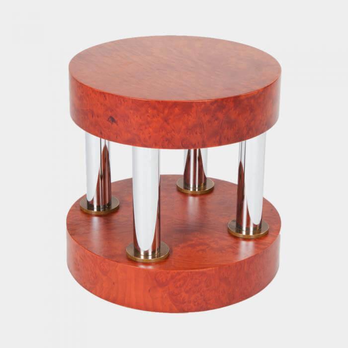 czerwony stolik zchromem