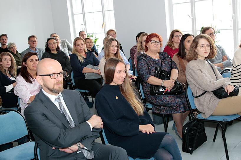 goście podczas prezentacji kolekcji Modernizm od Ceramiki Paradyż