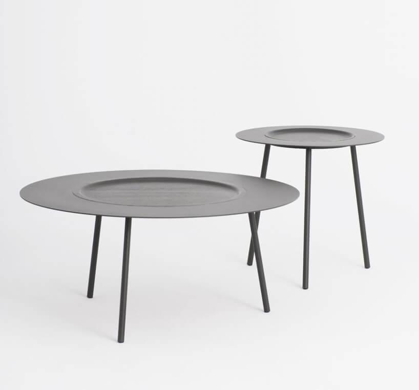 nowoczesne okrągłe ciemne stoły Woodplate Coffee Tables od Tre Product