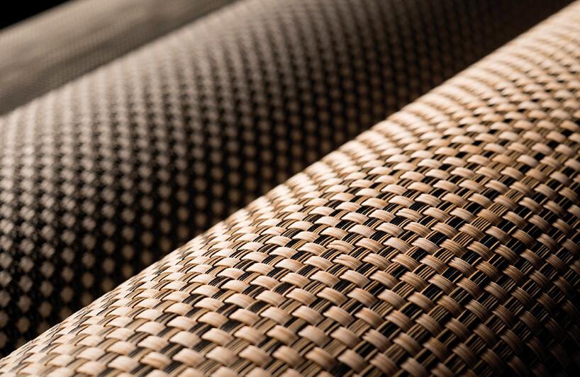 rolki brązowej wykładziny Fitnice Floor od Newmor