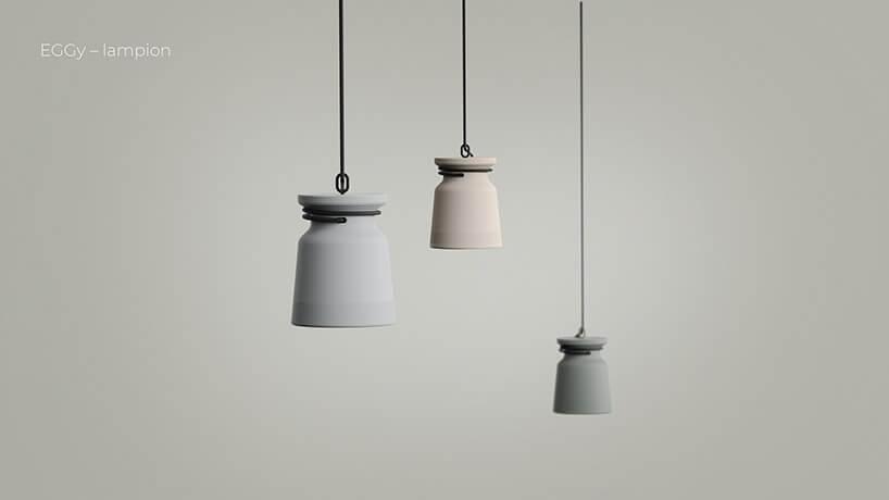 trzy małe wiszące lampy wszarych odcieniach