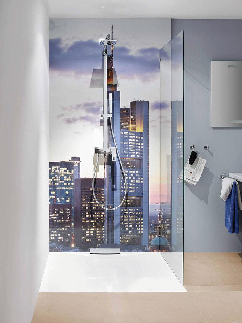fototapeta miasta pod prysznicem