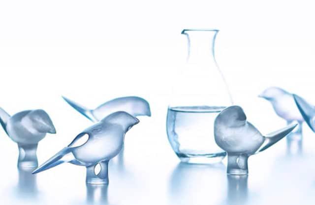 Ptak-czarka do sake pozwoli wypić mniej