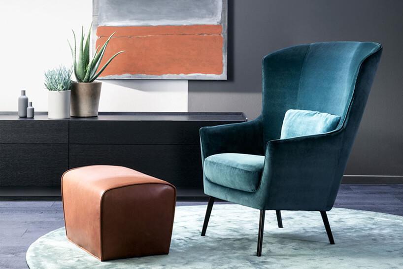 zielony fotel iskórzana mała pufa Derby Bench od Christine Kröncke