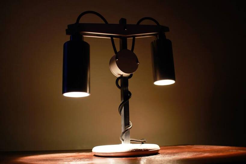 lampka nocna zdwoma żarówkami