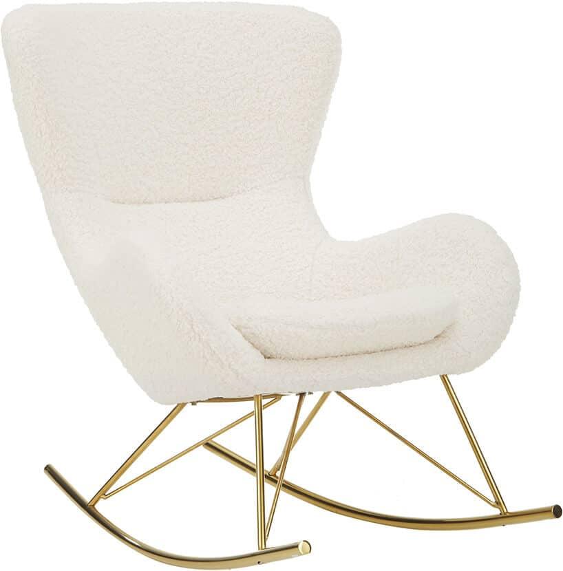biały wygodny biały fotel bujany na złotych płozach